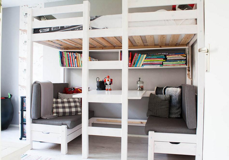 Кровать-чердак для экономии пространства