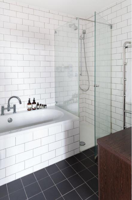 Традиционная ванна из чугуна