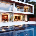 Фасад частного дома в современном стиле – лаконичная красота