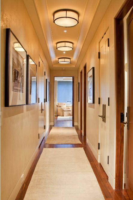 Система освещения в коридоре