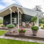 Терраса, пристроенная к дому – практично, красиво и удобно