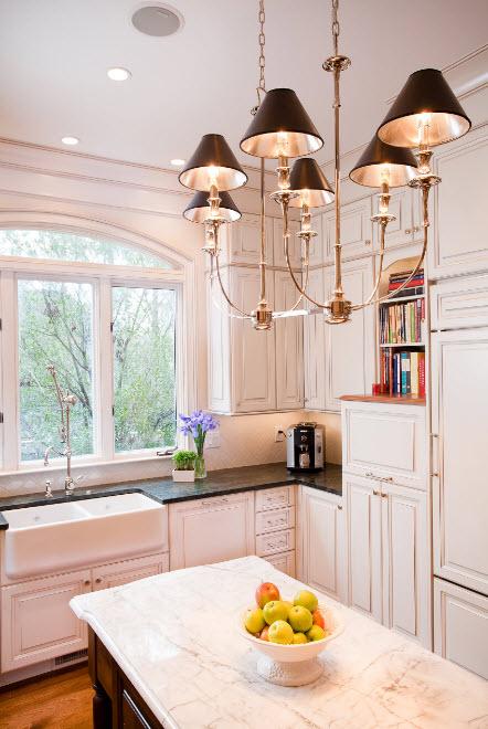 Люстра для кухонного помещения
