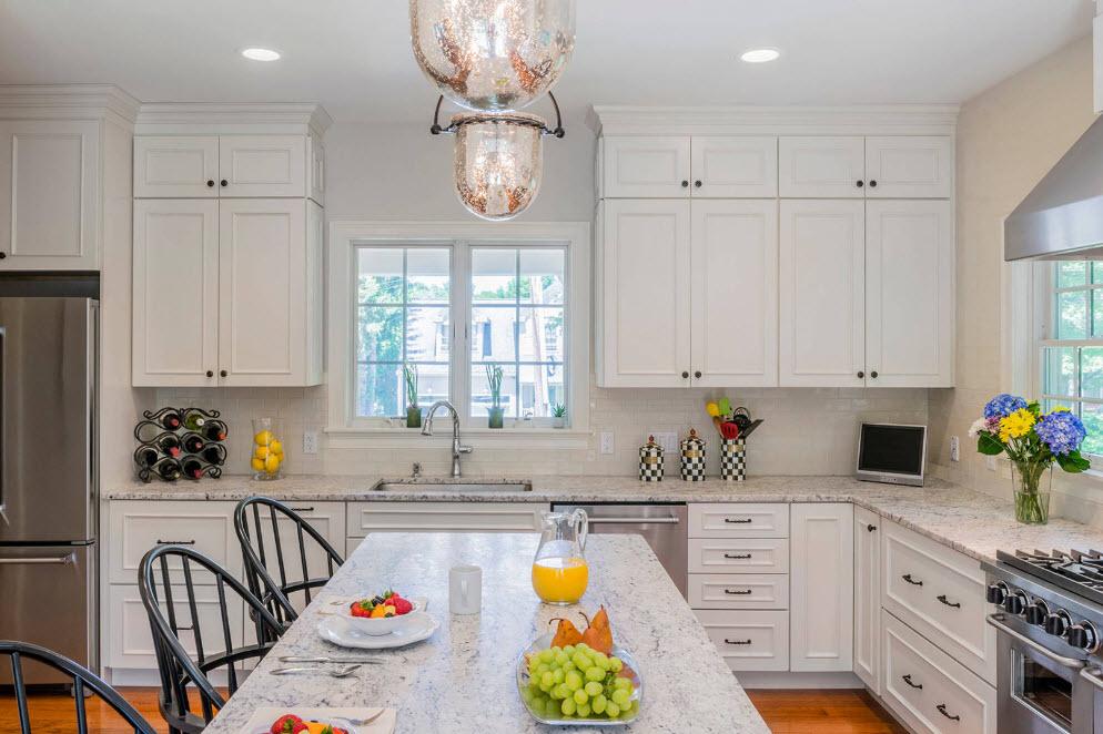 Светлый и легкий образ кухни