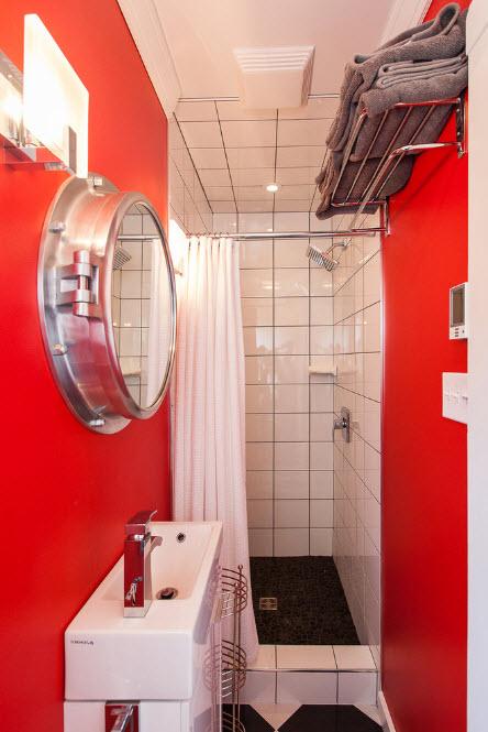 Яркая ванная комната