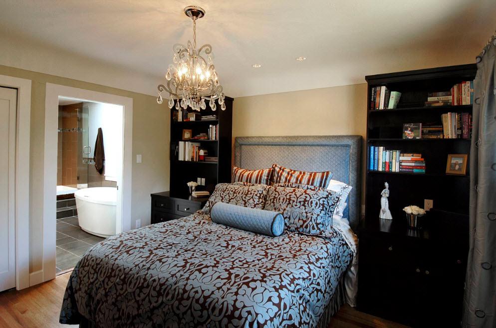 Для небольшой спальни