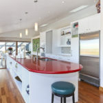Кухонные столешницы: выбираем практичный, надежный и красивый вариант