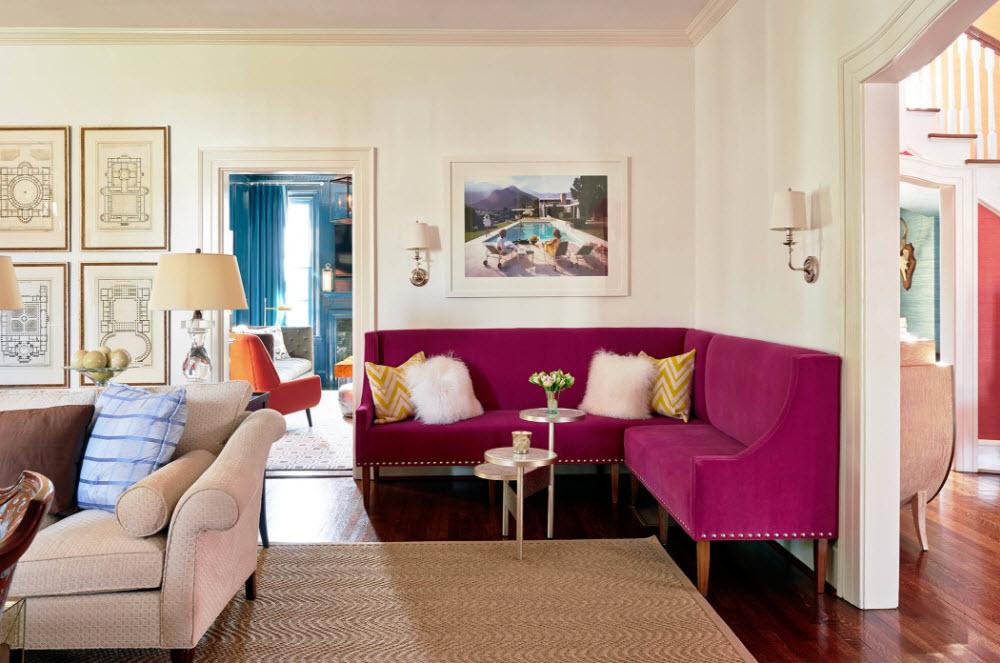 Колоритный угловой диван