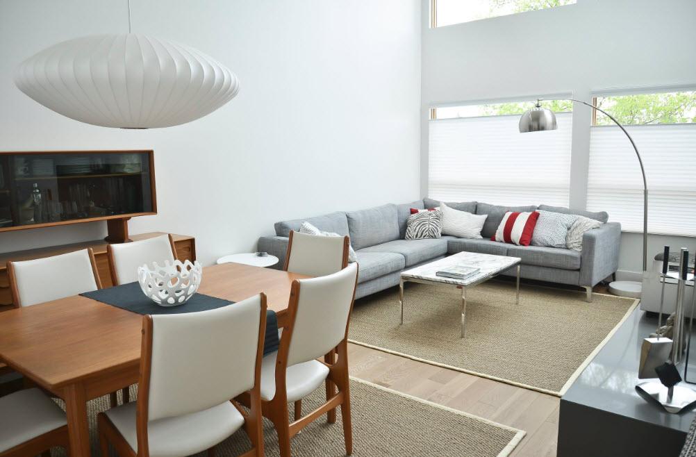 Угловой диван в совмещенной гостиной