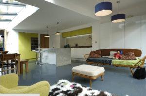 Интерьер просторной кухни-студии