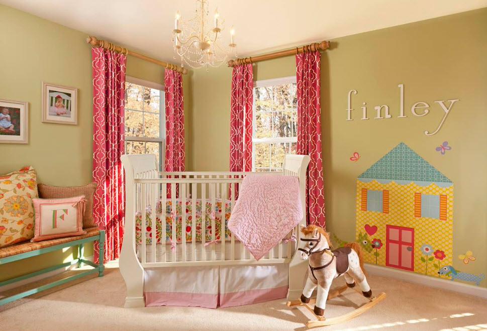 Яркие шторы в детской