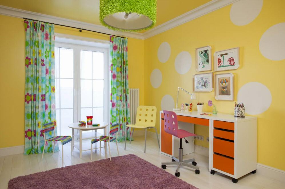 Желтый цвет для детской