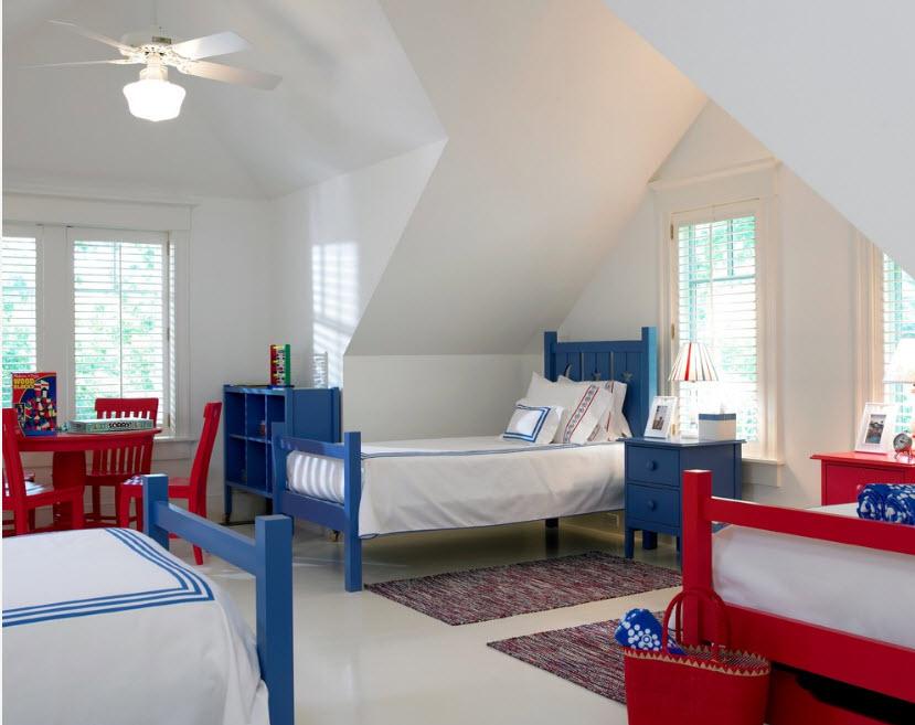 Яркие кровати