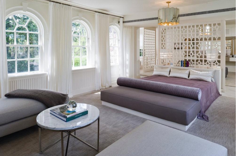 Фиалковые пастельные тона в дизайне спальни