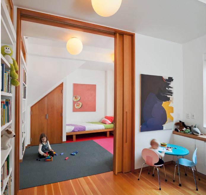 Интерьер просторной детской
