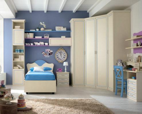 Угловой шкаф в интерьер современной спальни
