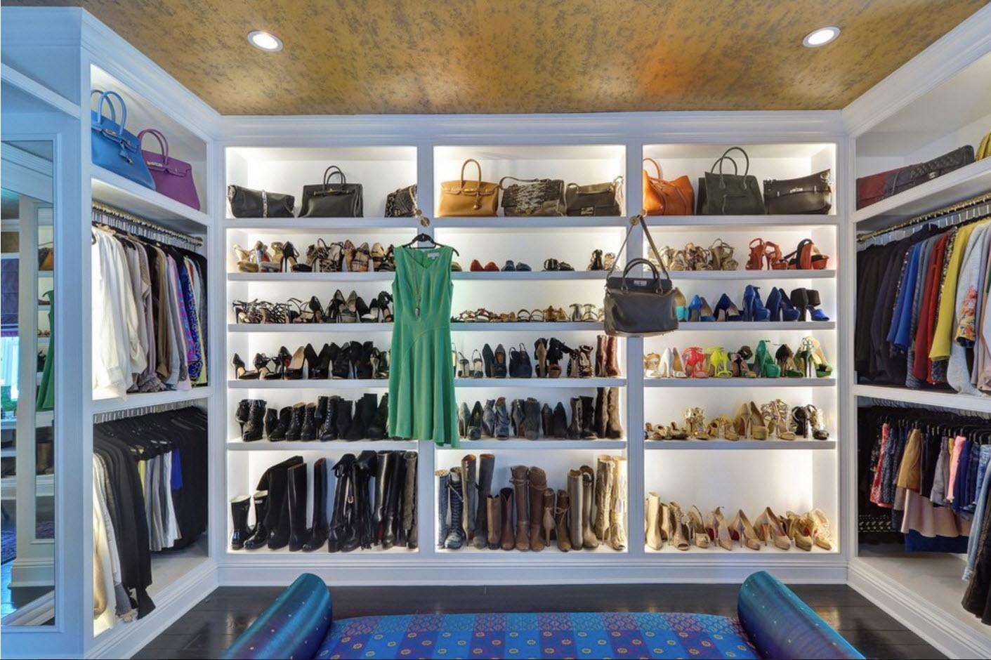 Полки для обуви с подсветкой
