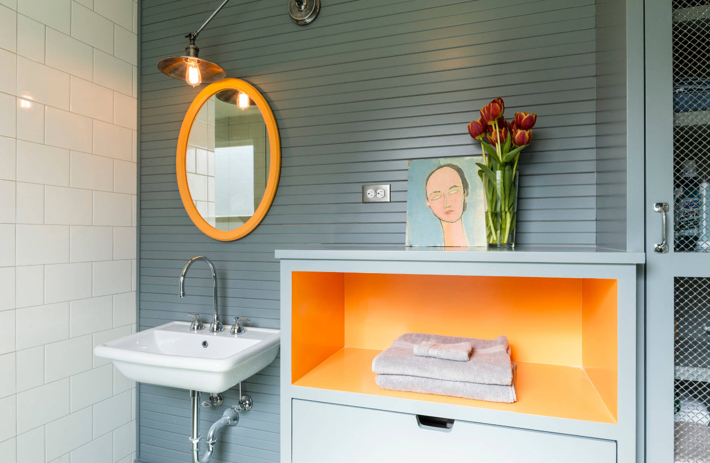 Яркие аксессуары для ванной комнаты