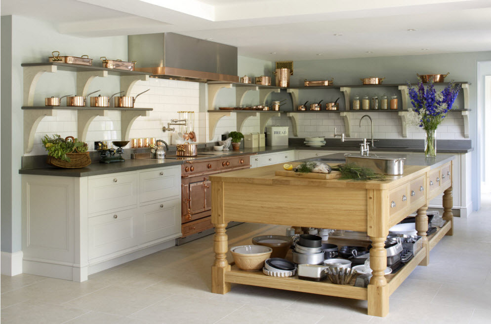 Оригінальний кухонний острів