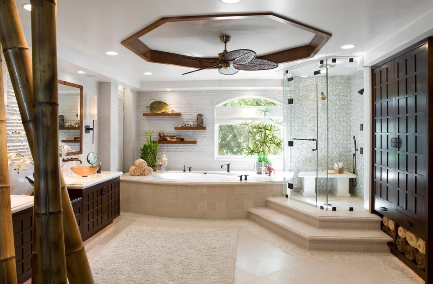 Оформление просторной ванной