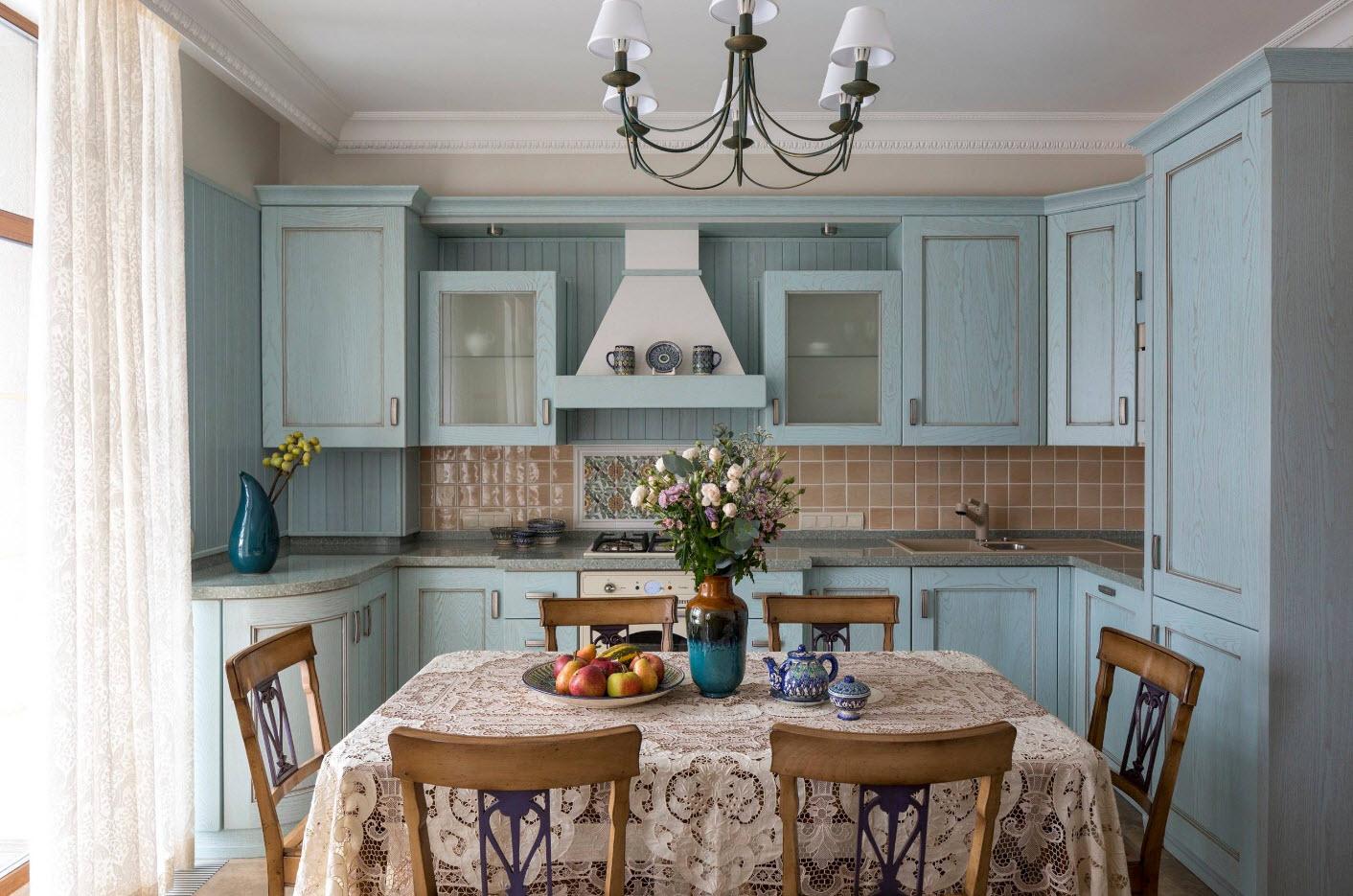 Кружево в интерьере кухни