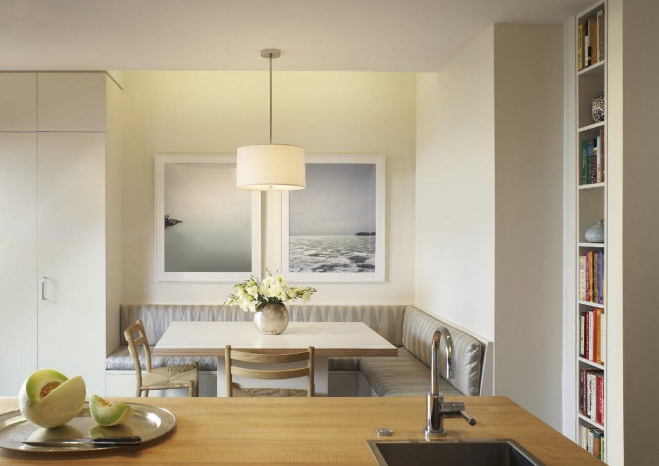Кухонный уголок с ящикам