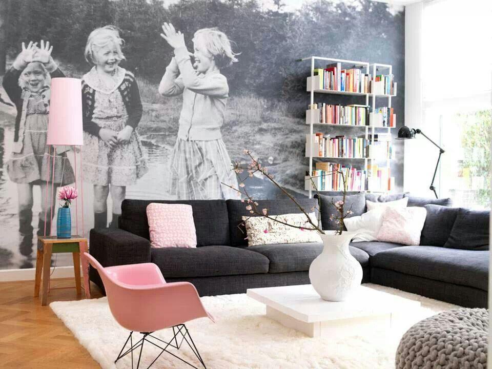 Черно-белая отделка акцентной стены