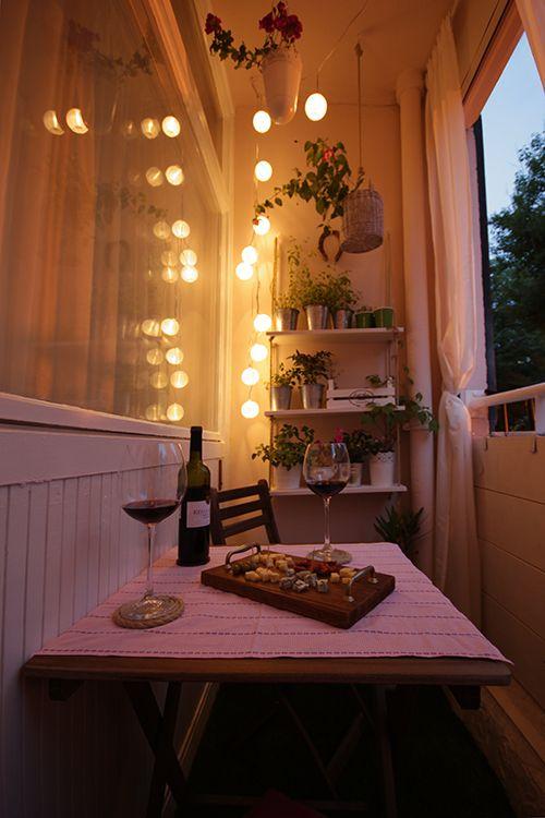 Лоджия для романтических вечеров