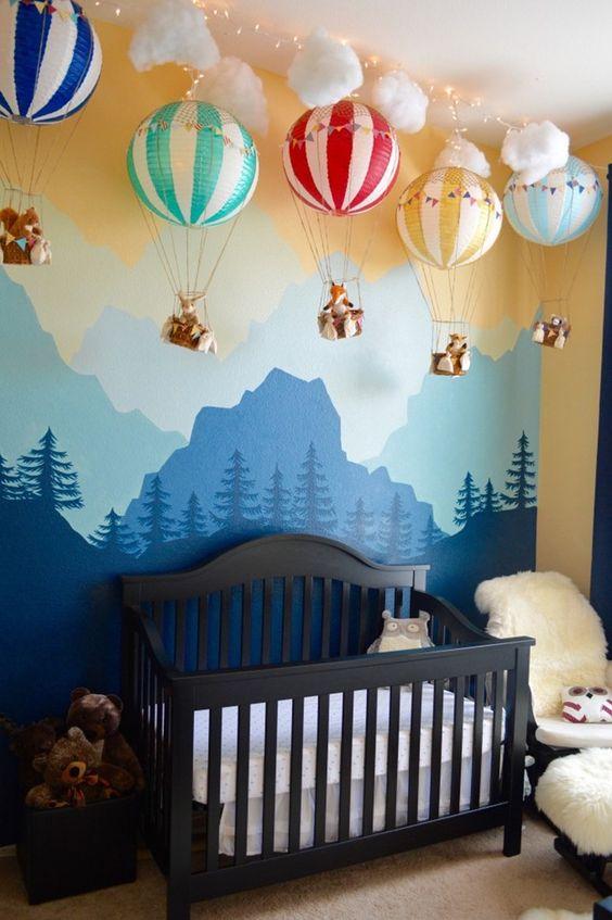 Роспись для комнаты новорожденного