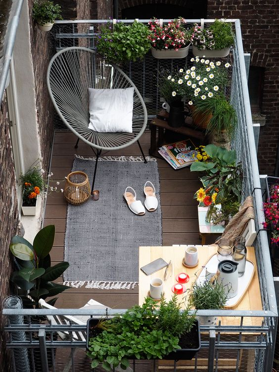 Балкон с озеленением