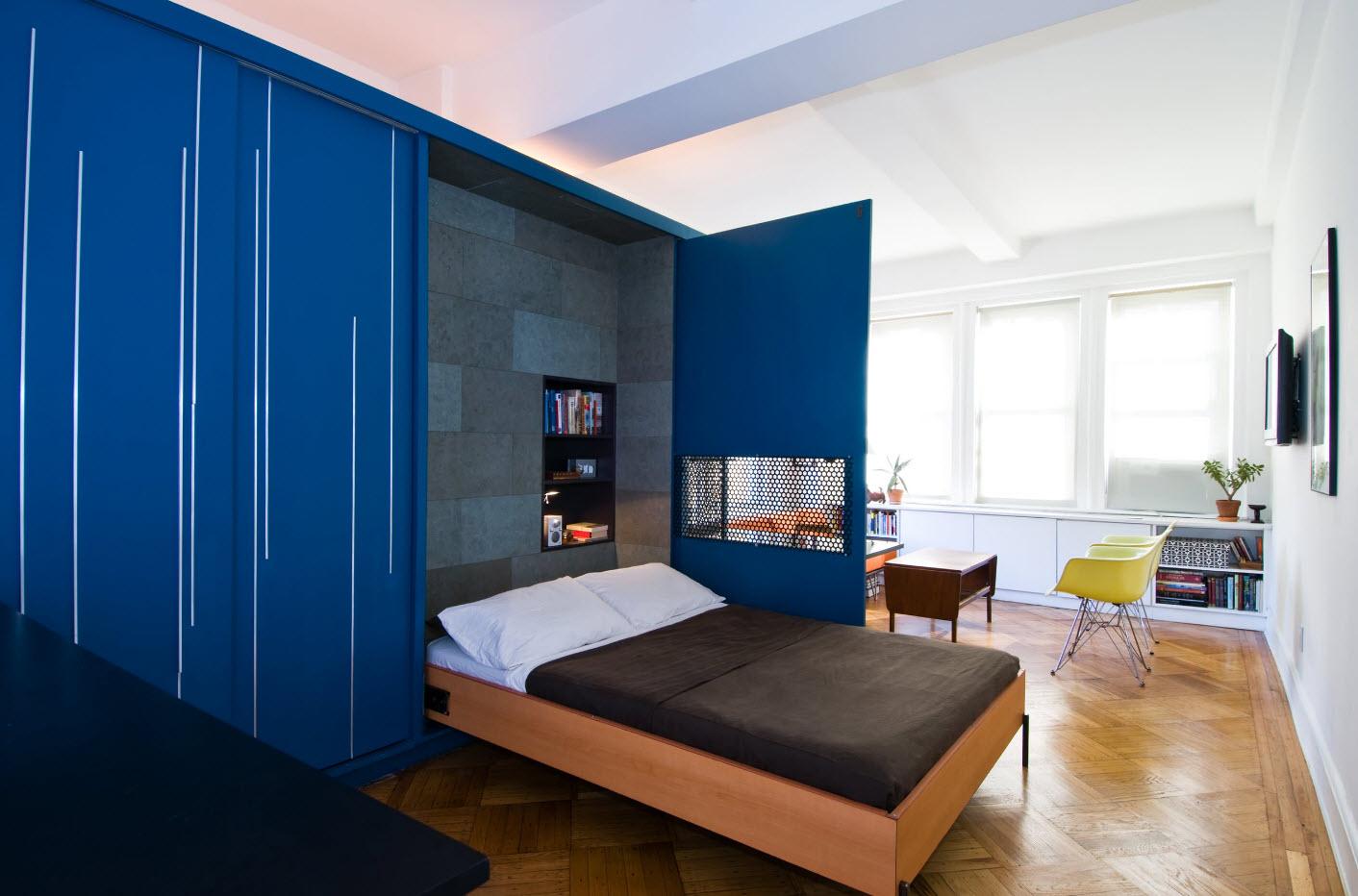 Откидная кровать с шкафу