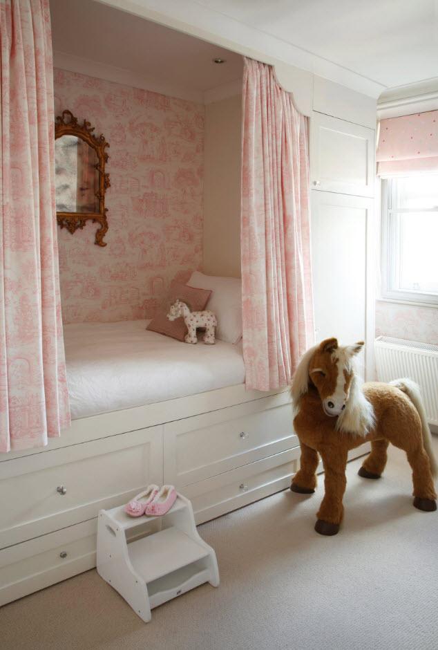 Мебельный гарнитур для девочки