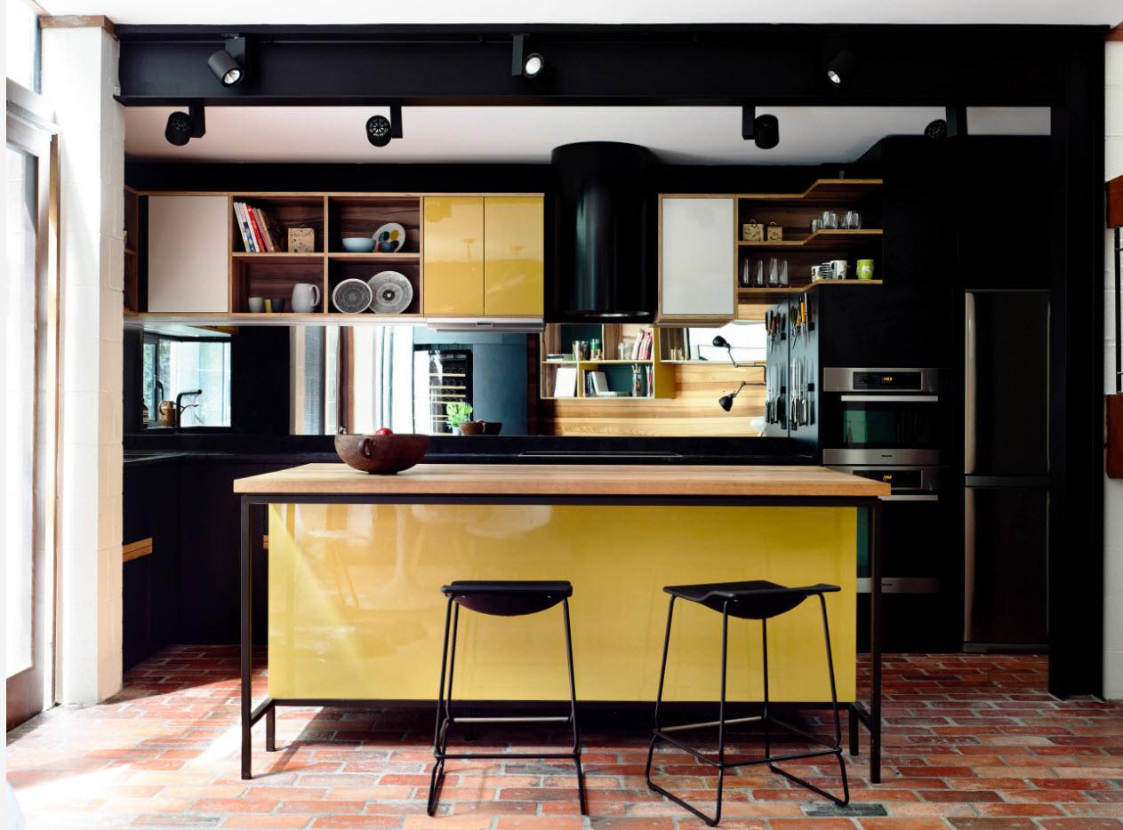 Черно-желтый дизайн кухни