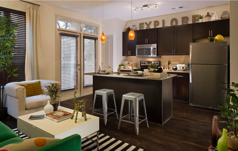 Объединение кухни с комнатой