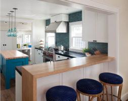 Барная стойка в современном интерьере кухни