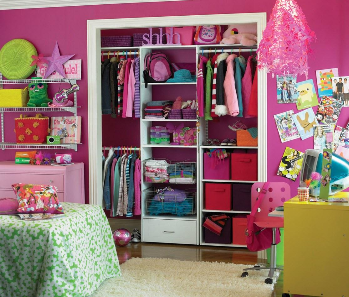 Яркая отделка комнаты