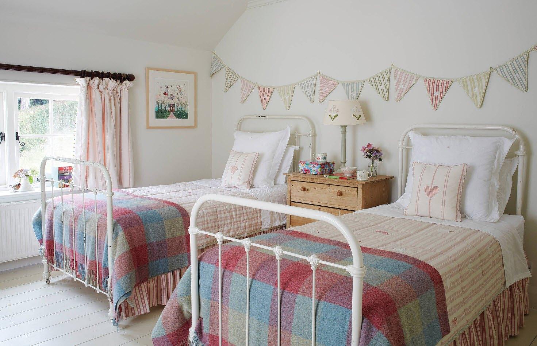 Уютный дизайн комнаты для двоих