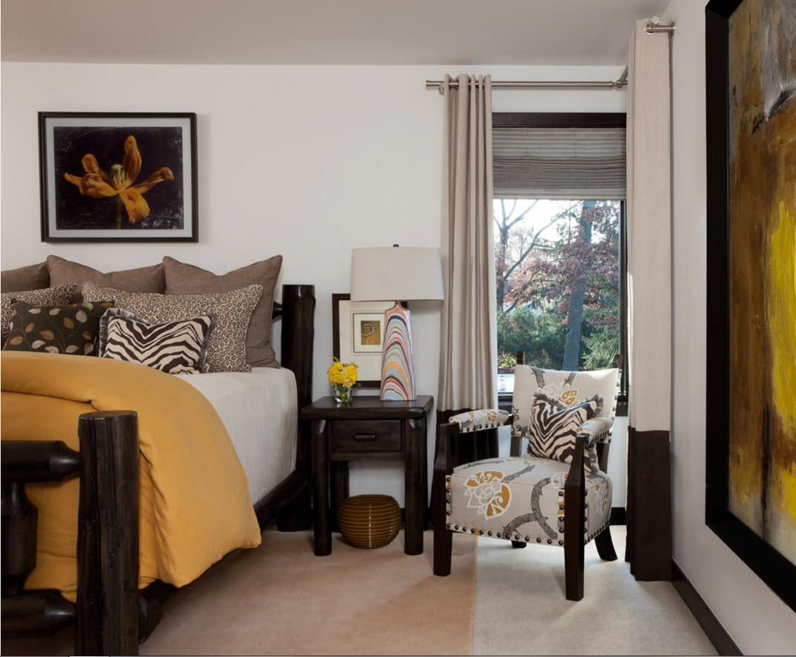 Мини-кресло для спальни
