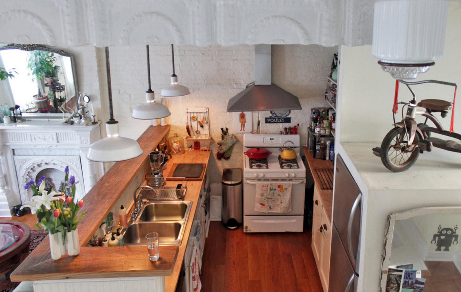 Кухня с барной стойкой - вид сверху