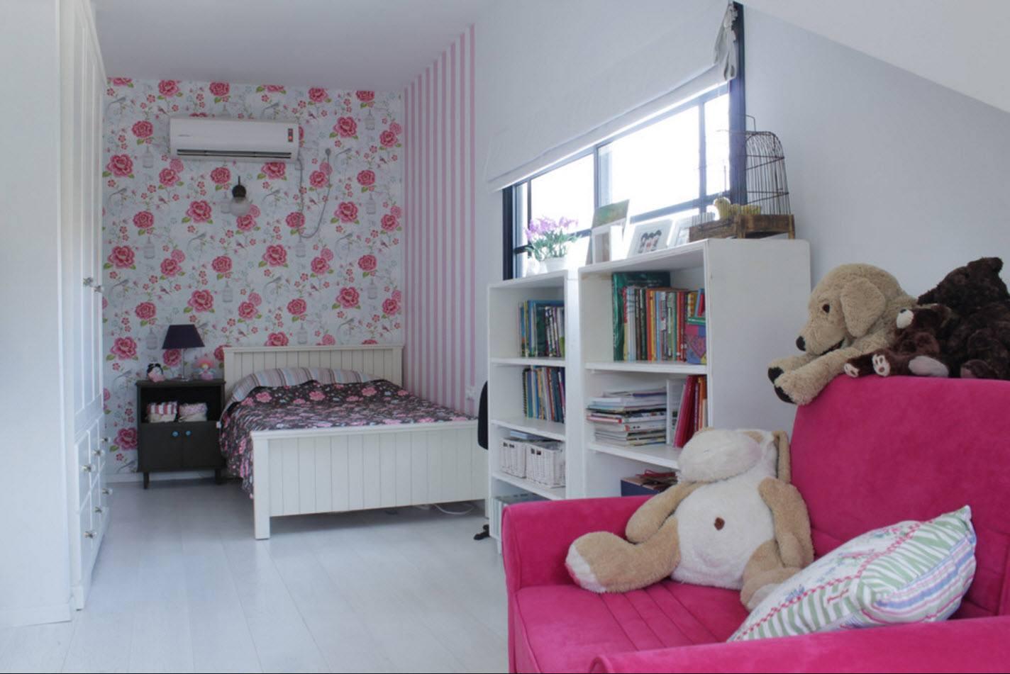 Узкая и длинная комната