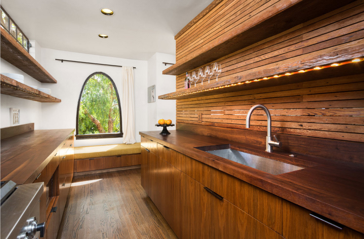 Деревянные фасады и отделка