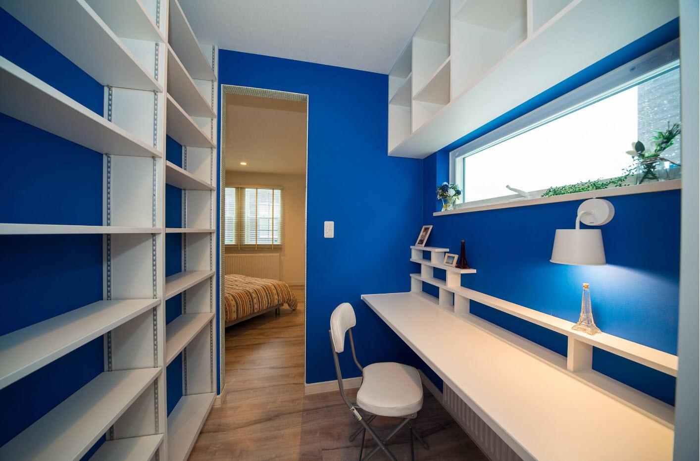 Сине-белый дизайн