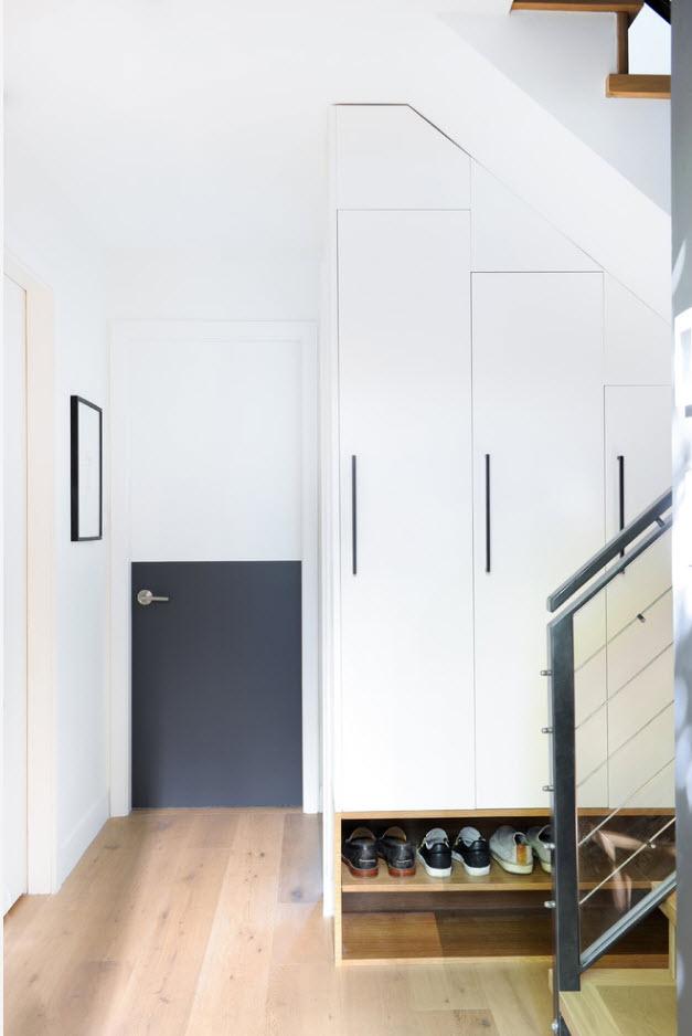 Белый цвет для малых комнат