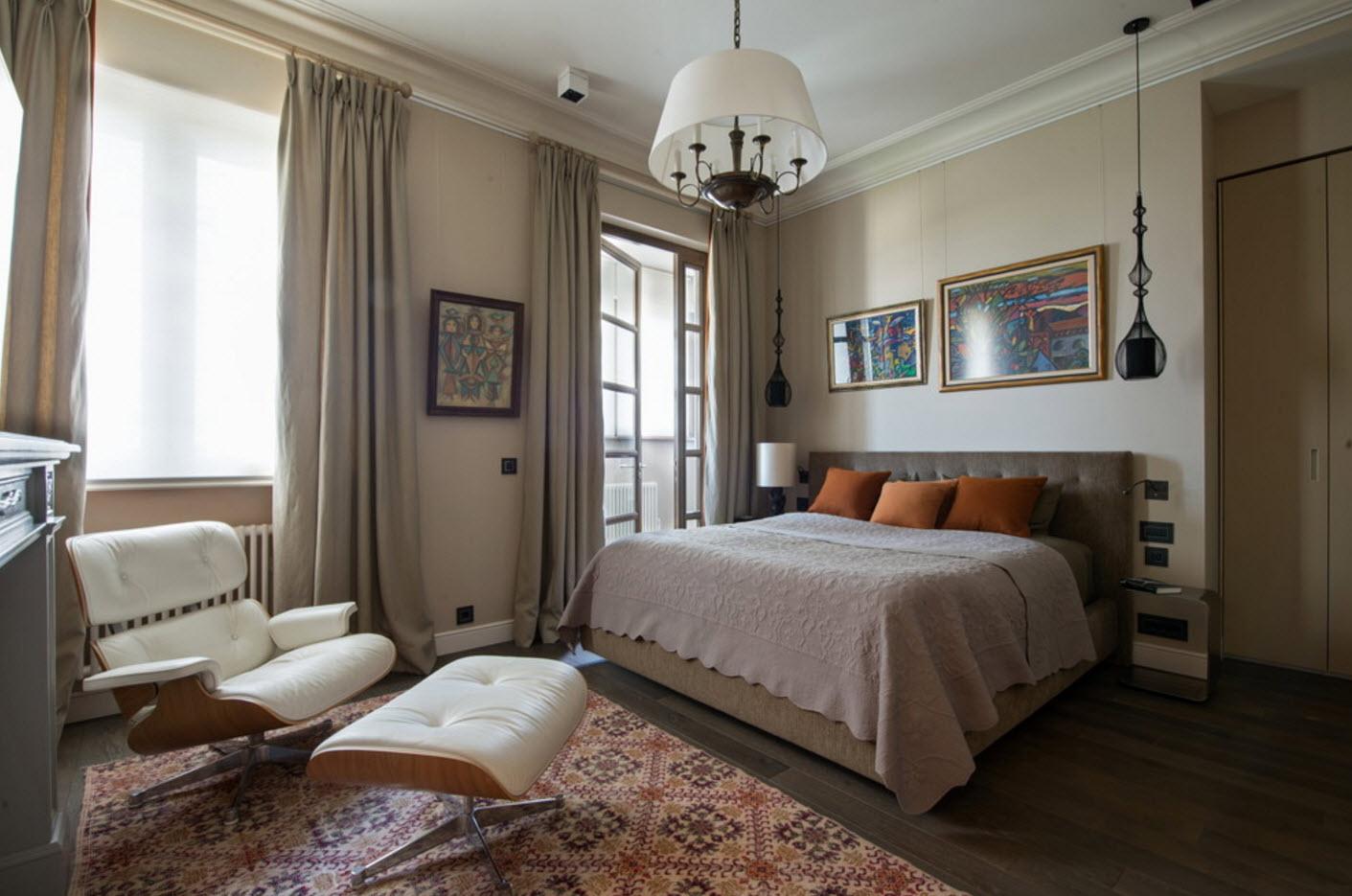 Спальня с традиционными мотивами