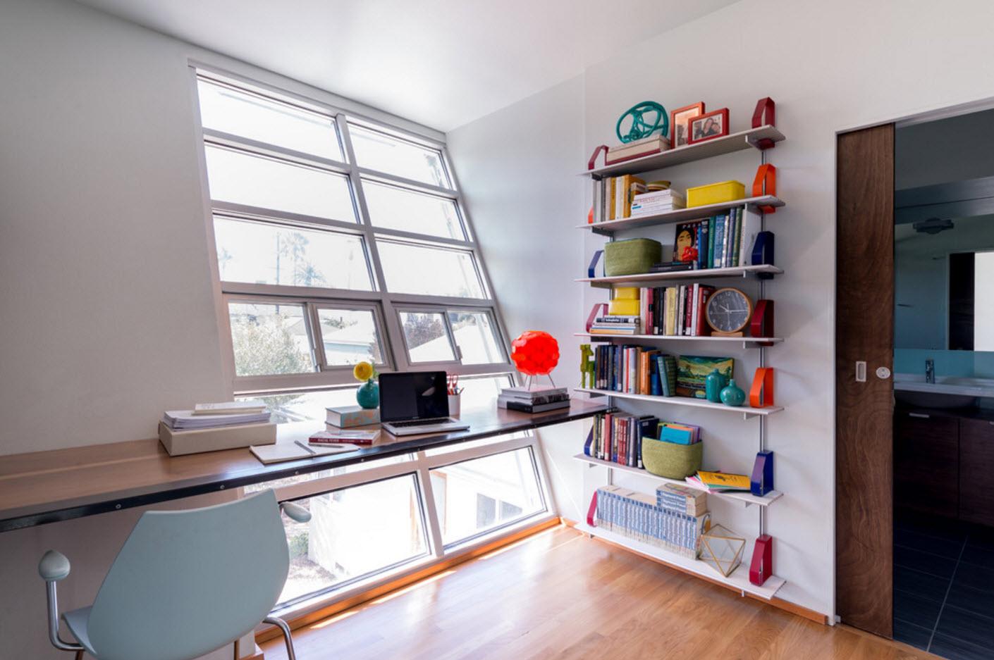 Яркое оформление книжных полок