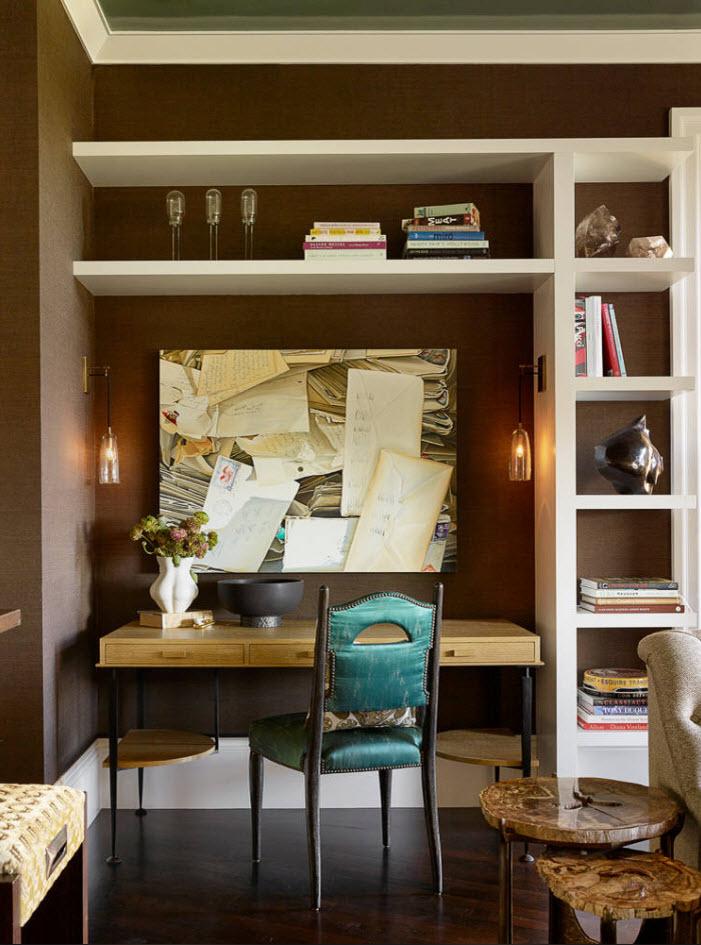 Белая мебель на коричневом фоне