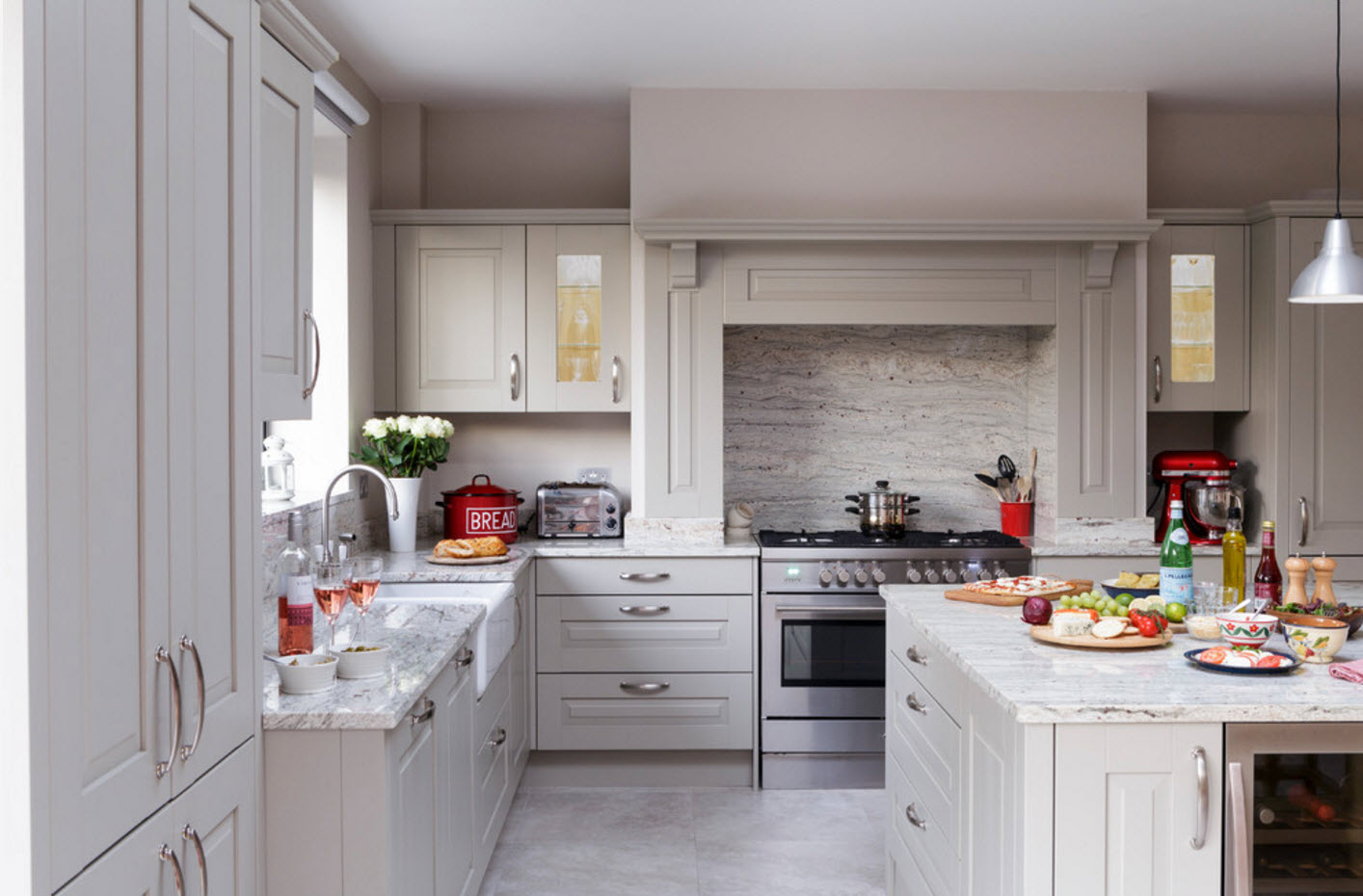 Угловой кухонный комплект
