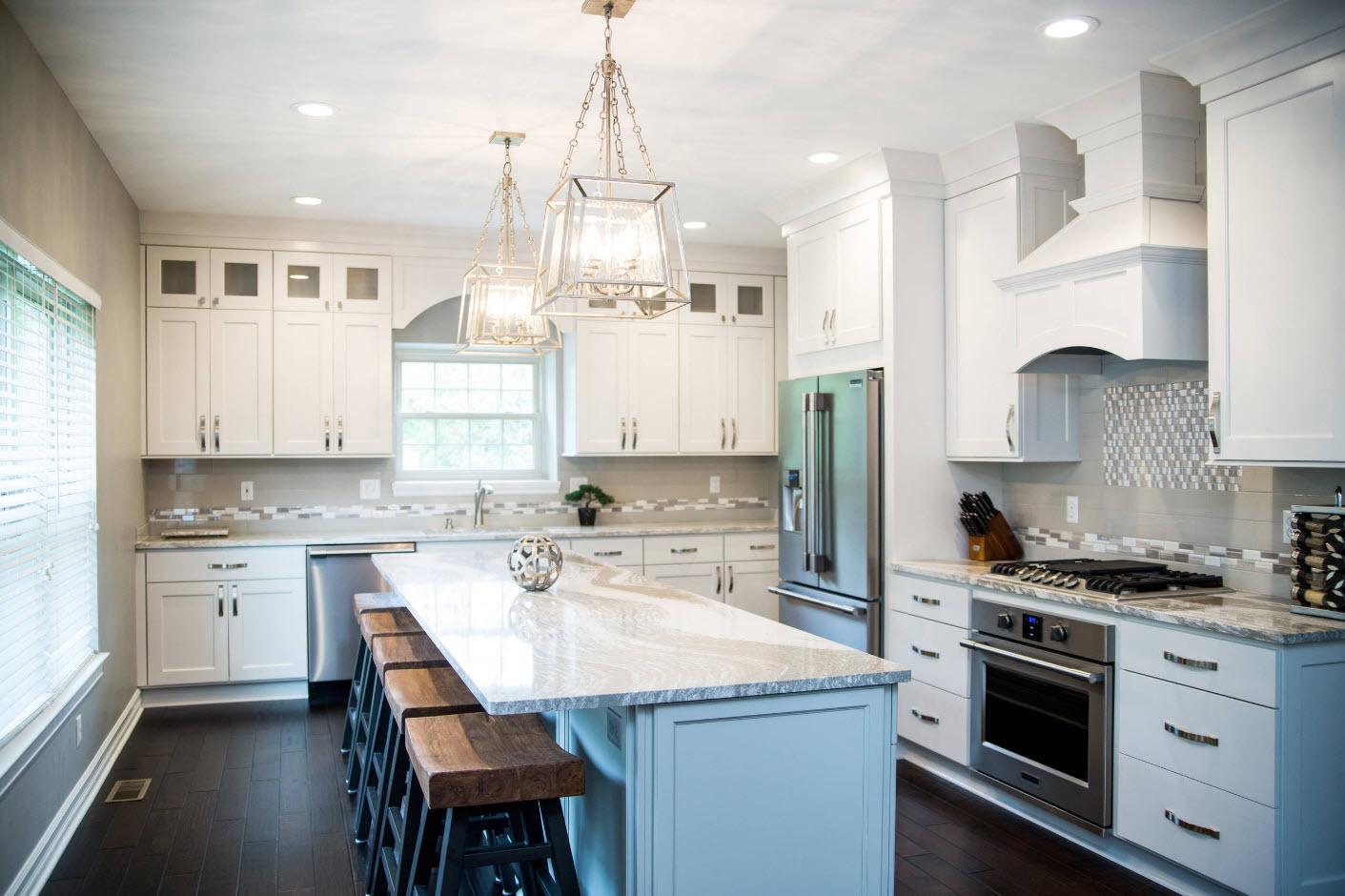 Светлые кухонные фасады