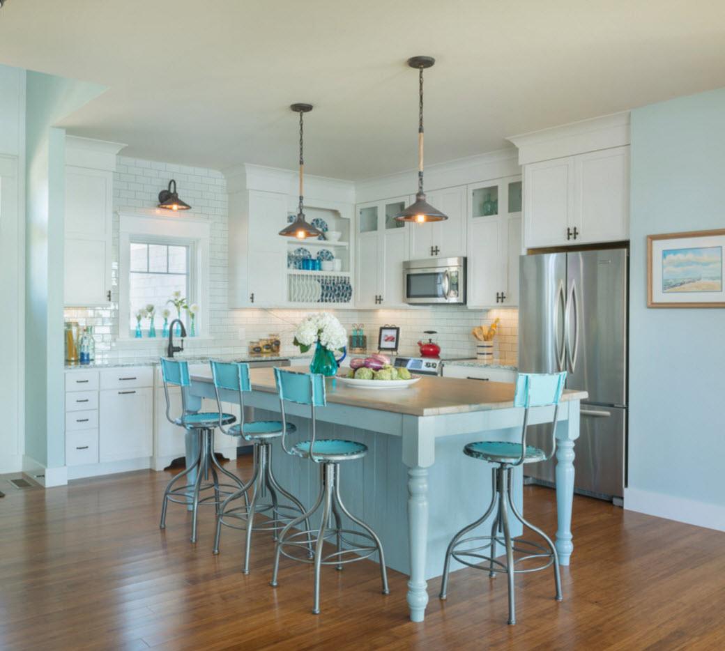 Кухня в светло-голубых тонах