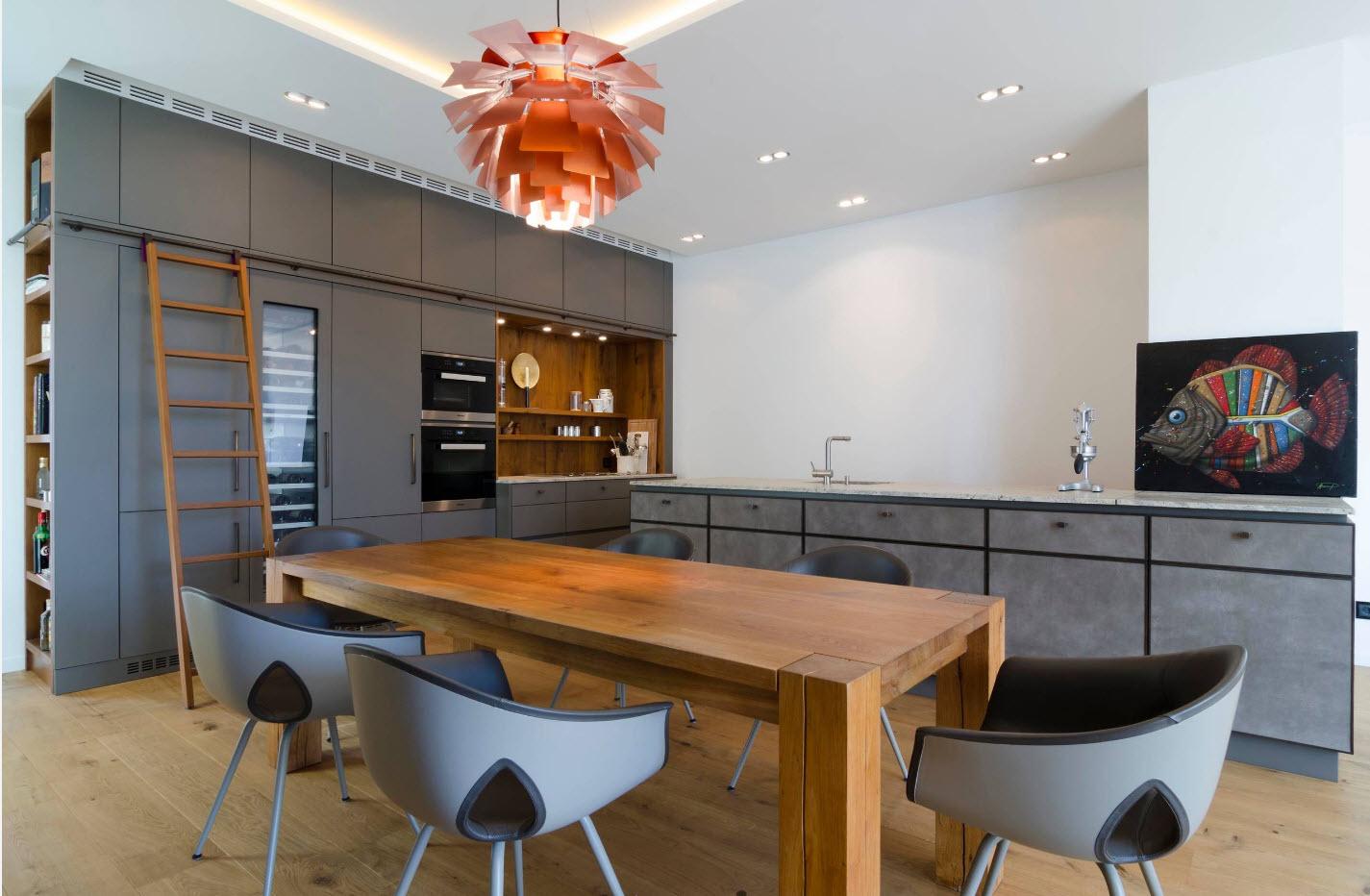 Серый мебельный гарнитур