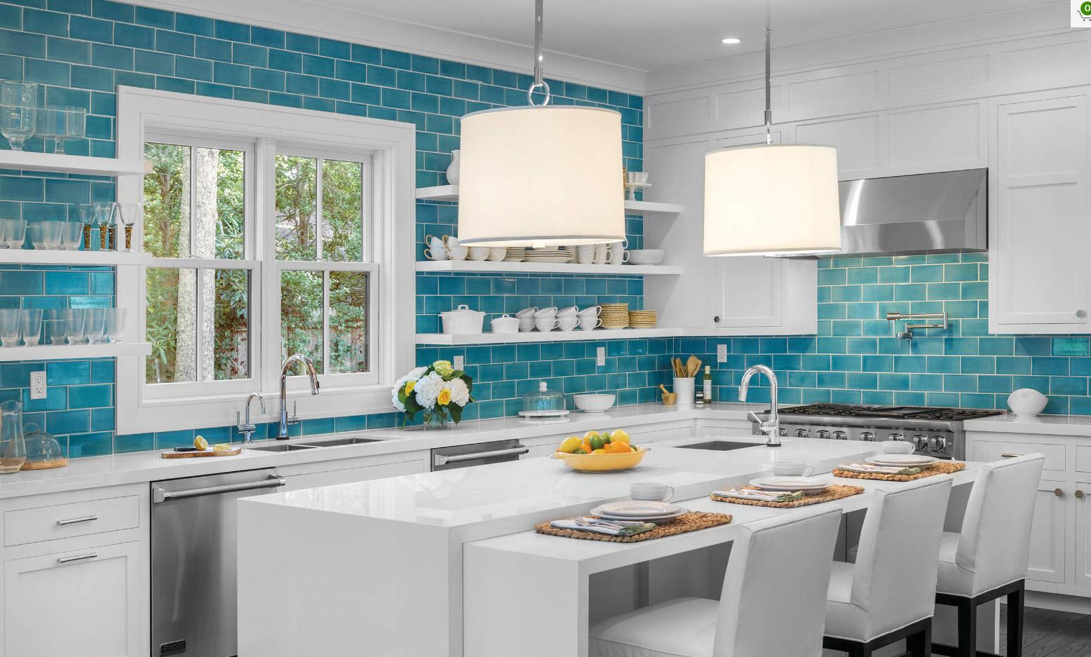 Яркая плитка для кухни